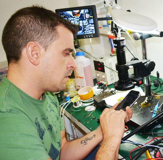 Wilksat - Reparación de móviles San Lorenzo de el Escorial